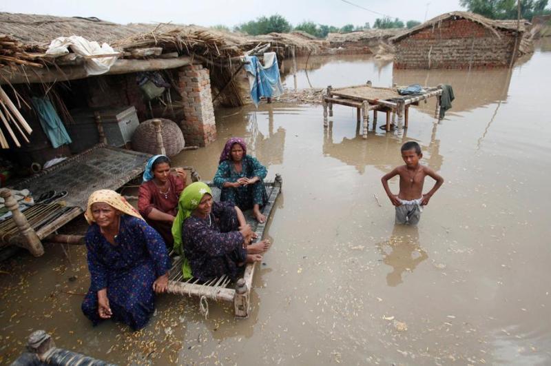 Les gigantesques inondations qui touchent le Pakistan depuis dix jours ont fait près de 15 millions de sinistrés. Dans le sud du pays, et notamment dans la province du Sind traversée par le fleuve Indus, près de trois millions de personnes sont affectées et un million ont été évacuées.