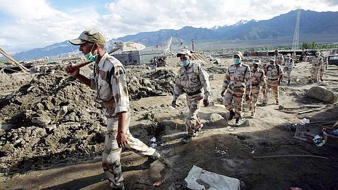 «Les missions de reconnaissance se poursuivent sur place en collaboration avec les autorités indiennes», a indiqué le Quai d'Orsay.