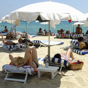Menace sur les plages privées de Saint-Tropez
