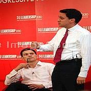 Bataille fratrice pour la direction du Labour