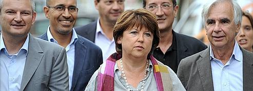 Parti socialiste : Aubry tente de reprendre la main