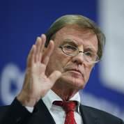 Roms: Kouchner critique l'ONU