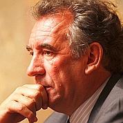 Bayrou n'exclut pas des «passerelles» avec DSK