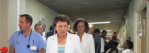 Épidémie de dengue : Bachelot se rend aux Antilles