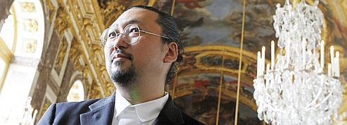 Murakami ne fait pas l'unanimité à Versailles