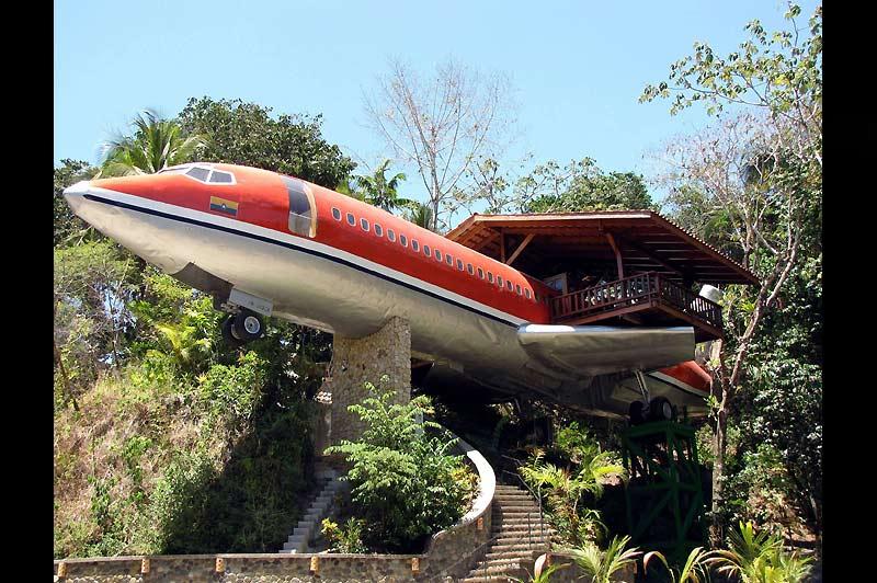 L'hôtel Costa Verde a ouvert un nouveau bungalow; un deux pièces avec vue sur mer construit dans le fuselage d'un Boeing 727 réformé.