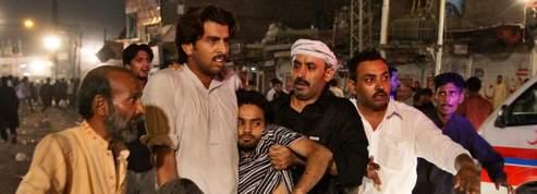 Triple attentat suicide contre des chiites au Pakistan
