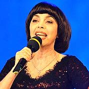 Mireille Mathieu fait chanter la justice russe