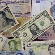 Yen et franc suisse aux plus hauts,euro chahuté