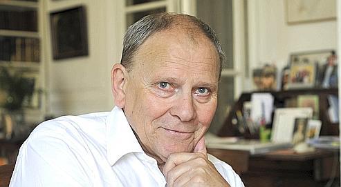 Gérard Férey (ici à Paris en 2008) a commencé sa carrière comme instituteur. Il est aujourd'hui l'un des chimistes français les plus cités au monde.