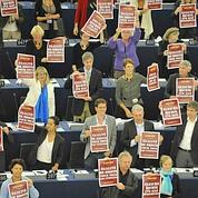 Roms: les eurodéputés contre les expulsions