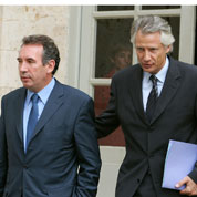 Difficile constitution du groupe Villepin-Bayrou