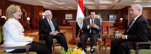 Dialogue difficile entre Nétanyahou et Abbas