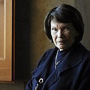 Danielle Mitterrand défend les Roms
