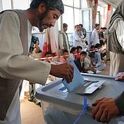 Les Afghans s'initient à la démocratie