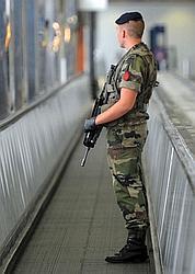 Terrorisme: une femme kamikaze recherchée