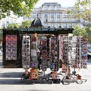 Le kiosque des Champs Elysées.