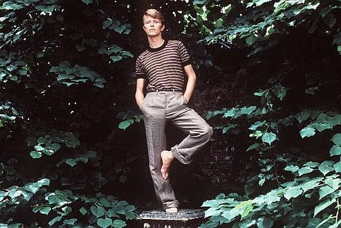 Parallèlement à la restauration de Station to Station, David Bowie est l'objet d'un album de divers artistes, baptisé We Were so Turned On, commercialisé le 12 octobre. (Eyedea Presse)