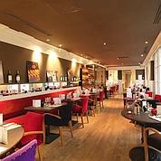 Café Moderne.