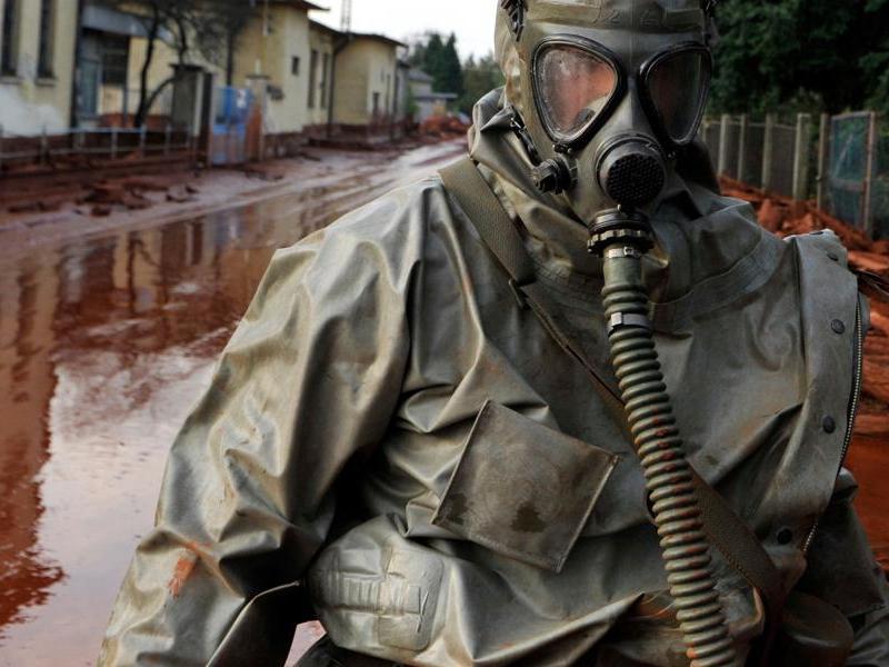 Boue toxique en Hongrie 20101006PHOWWW00007