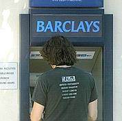 Barclays n'abandonne pas la banque de détail