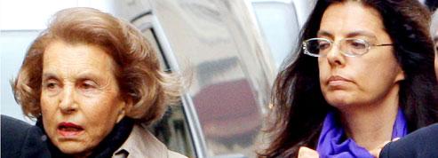 Liliane Bettencourt envisage de poursuivre sa fille pour «harcèlement»