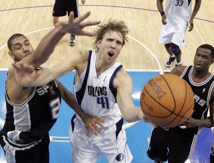 1. Solide candidat au titre de MVP encore cette saison, Dirk Nowitzki est sans doute le meilleur