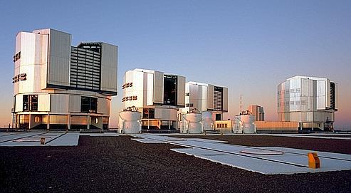 La galaxie a été observée avec le Very Large Telescope, un ensemble de quatre téléscopes situés dans le désert d'Atacama. (Crédits photo : ESO / H.H.Hayer)