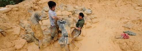 Pékin joue de l'arme des «terres rares»