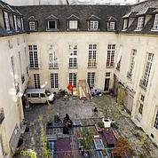 Les squatteurs expulsés de la Place des Vosges
