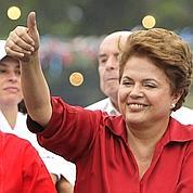 Brésil: Dilma Rousseff reste en tête