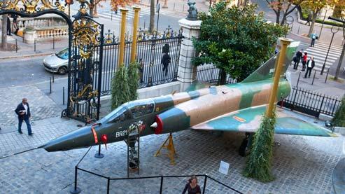 Lot 411 - Le Mirage V BR-21, estimé entre 30000 et 35000 euros. (Artcurial)