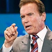Schwarzenegger joue son bilan sur l'écologie