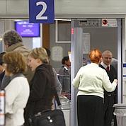 L'Élysée veut renforcer le contrôle des vols