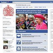Élisabeth II arrive sur Facebook