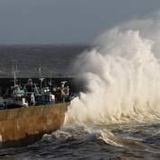 Avis de fortes vagues sur le littoral atlantique