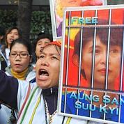 La junte pourrait libérer Aung San Suu Kyi
