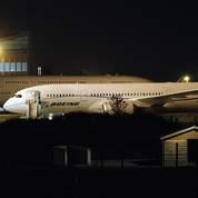 Boeing suspend les essais du Dreamliner
