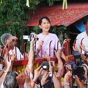 Aung San Suu Kyi libérée, Sarkozy vigilant