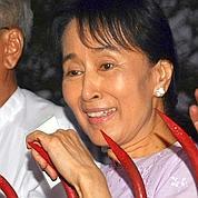 Aung San Suu Kyi est libre