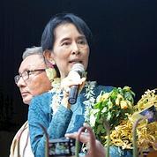 Libre, Aung San Suu Kyi veut unir l'opposition