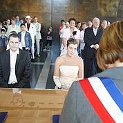 Avantage fiscal aux jeunes mariés en débat