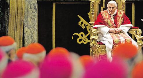 Le Pape convoque des cardinaux ce vendredi matin à Rome, avant de créer, ce samedi, par «consistoire» vingt-quatre nouveaux cardinaux. (Crédits photo: Max Rossi/Reuters)