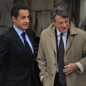 Sarkozy reçoit les ministres remerciés