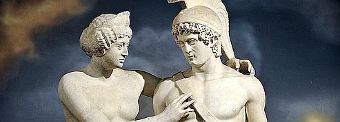 Quand Silvio Berlusconi s'improvise restaurateur d'art antique