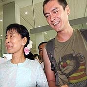 Aung San Suu Kyi retrouve son fils
