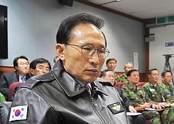 Le président coréen Lee Myung-Bak a promis d'«énormes représailles» si Pyongyang tentait une nouvelle agression.