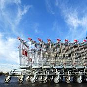 Des chariots désinfectés dans les supermarchés