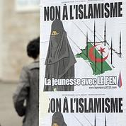 Le Pen relaxé pour des affiches controversées