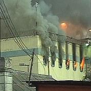 Un incendie tue 83 détenus au Chili